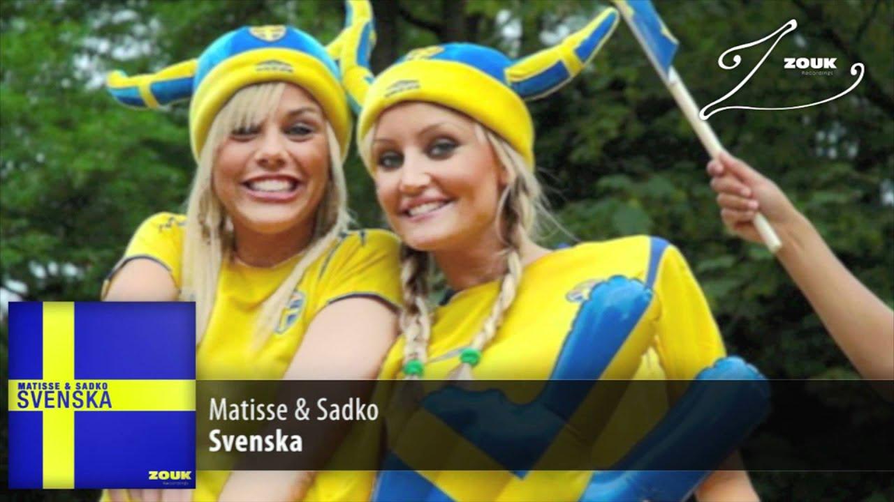 Enda svenska flickor vattenpipa njutning skript
